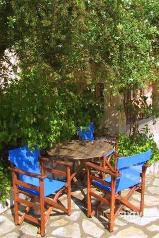 facilities nostos hotel chairs
